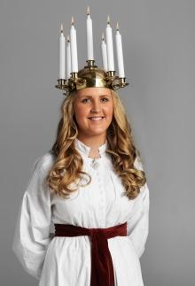Sofia Högmark, Lucia di Svezia 2009 che si è definita orgogliosa di avere l'onore di portare la luce agli svedesi...