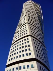 Il Turning Torso, grattacielo residenziale progettato da Calatrava, simbolo di Malmö