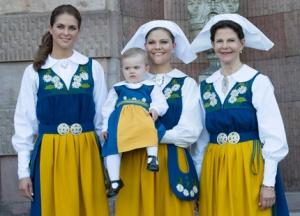Phetide reali in abito tradizionale (che può indossare solo chi è waginamunito)